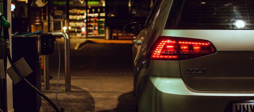 Po czym poznać dobrą wypożyczalnię samochodów?